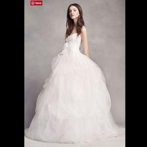 White VERA WANG Hand-Draped Tulle Wedding Dress 6
